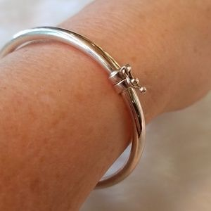 Sterling Silver Hinged Locking Bangle